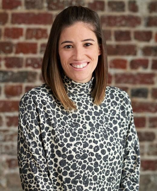 Danielle Esteves - Cast